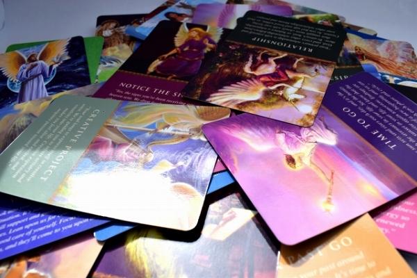 カード 種類 オラクル