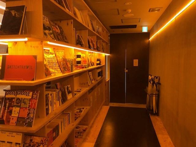 泊まれる本屋 BOOK AND BED TOKYO入口