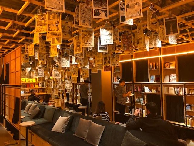 泊まれる本屋 BOOK AND BED TOKYO店内フロア